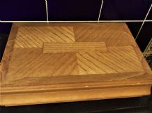 GOOD LARGE SIZE WOODEN JEWELLERY BOX COMPARTMENTS & HOOKS UNUSUAL INLAID LID